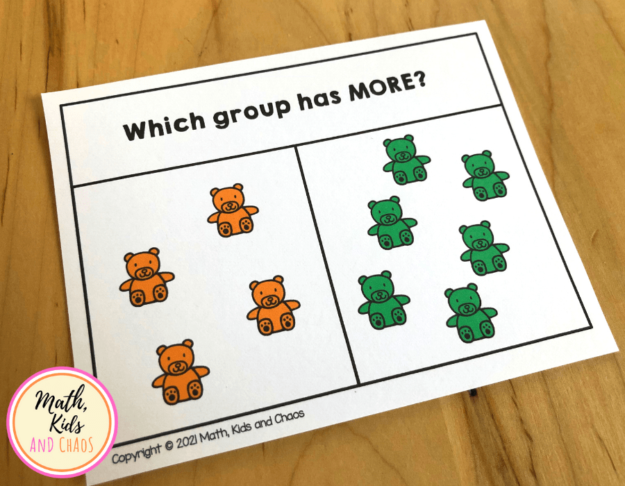Clip card featuring two groups of bears.